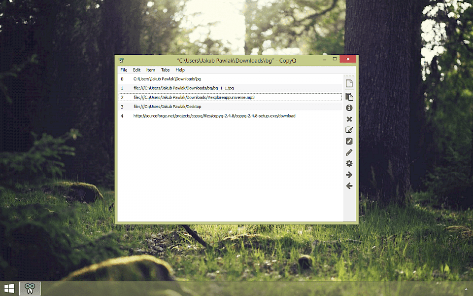 Screenshot of CopyQ software running on Windows 10.